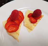 crepes de frutos rojos y fresa